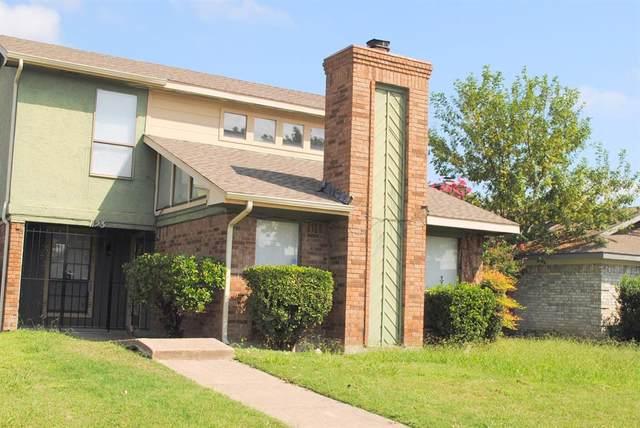 1123 Hemlock Drive, Desoto, TX 75104 (MLS #14442049) :: RE/MAX Pinnacle Group REALTORS