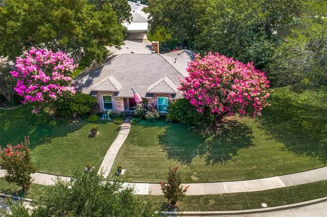 4216 Midnight Drive, Plano, TX 75093 (MLS #14442064) :: Real Estate By Design