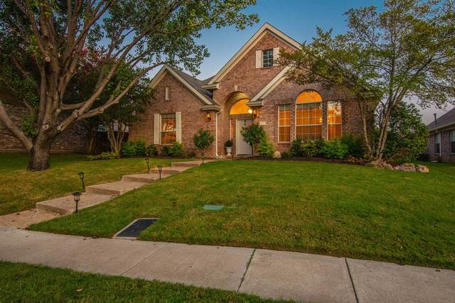 512 Truax Drive, Irving, TX 75063 (MLS #14442220) :: The Kimberly Davis Group