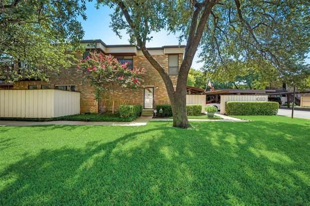 6020 Birchbrook Drive #109, Dallas, TX 75206 (MLS #14442269) :: The Chad Smith Team