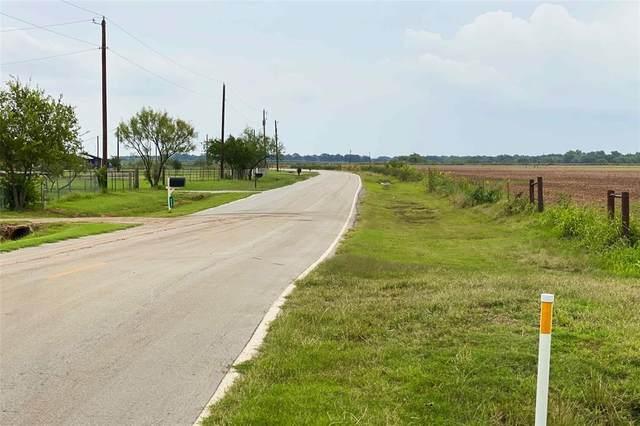 000 River Road, Wichita Falls, TX 76305 (MLS #14442344) :: All Cities USA Realty