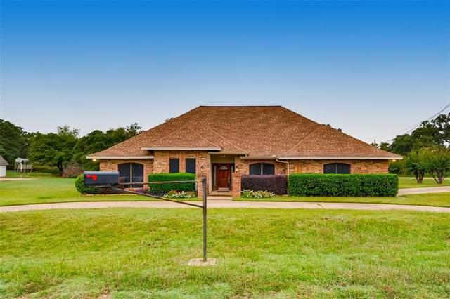 600 John Charles Drive, Burleson, TX 76028 (MLS #14442741) :: The Hornburg Real Estate Group