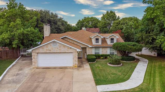 2823 Glen Hollow Circle, Arlington, TX 76016 (MLS #14443105) :: Robbins Real Estate Group