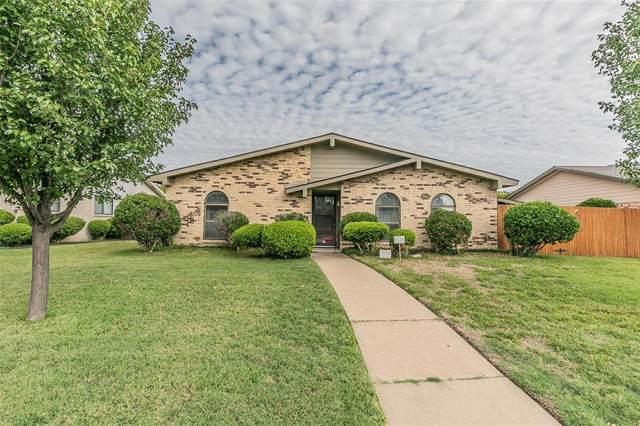 1913 E Park Boulevard, Plano, TX 75074 (MLS #14443112) :: Front Real Estate Co.