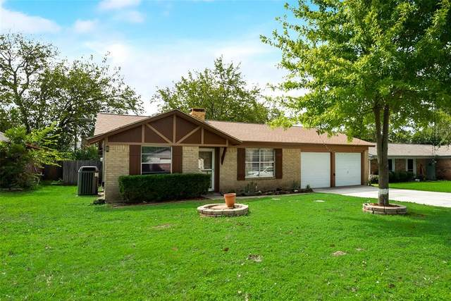 1705 Pecan Drive, Cleburne, TX 76033 (MLS #14443641) :: Keller Williams Realty