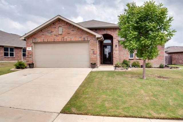 377 Coral Vine Lane, Burleson, TX 76028 (MLS #14444136) :: The Chad Smith Team