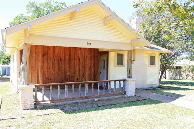 608 S Live Oak Street, San Saba, TX 76877 (MLS #14444361) :: The Daniel Team