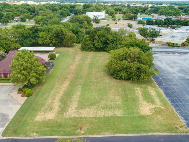 4104 City Point Drive, North Richland Hills, TX 76180 (MLS #14444390) :: All Cities USA Realty