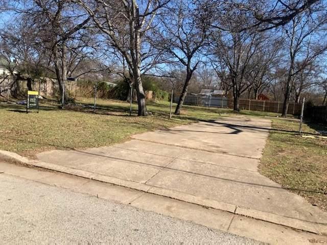 2408 Thomas Road, Haltom City, TX 76117 (MLS #14444510) :: The Tierny Jordan Network