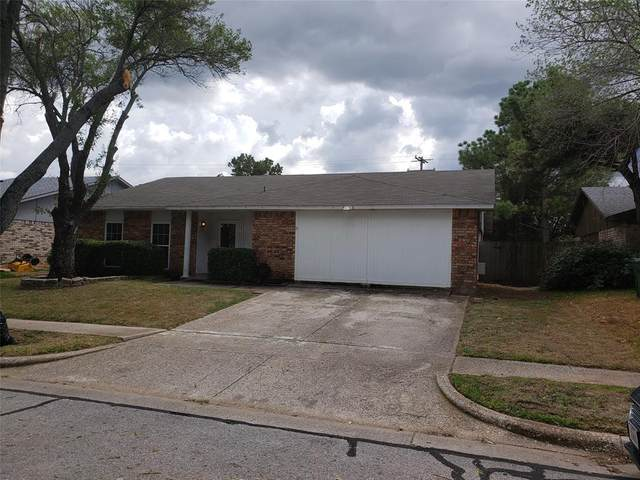 6802 Forestview Drive, Arlington, TX 76016 (MLS #14445239) :: Real Estate By Design