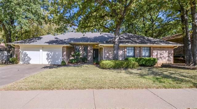 312 Heneretta, Hurst, TX 76054 (MLS #14445821) :: The Mauelshagen Group