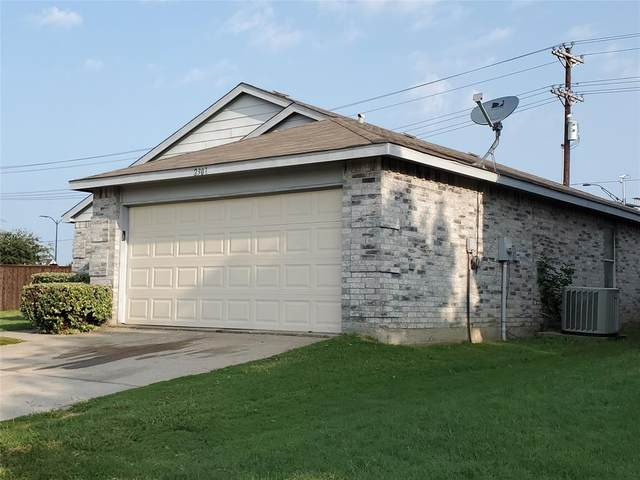 2301 White Pine Drive, Little Elm, TX 75068 (MLS #14446357) :: The Kimberly Davis Group