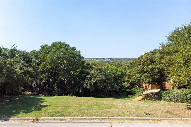 906 Crowley Road, Arlington, TX 76012 (MLS #14446442) :: The Mitchell Group
