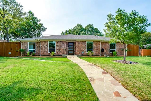 2209 Maple Leaf Drive, Plano, TX 75075 (MLS #14447333) :: Hargrove Realty Group