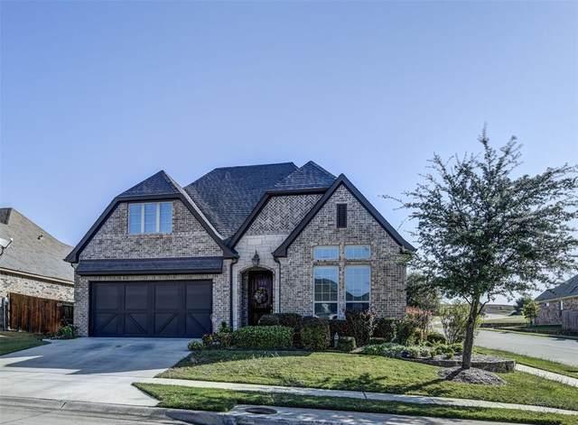 3017 S College Avenue, Decatur, TX 76234 (MLS #14447794) :: The Mauelshagen Group