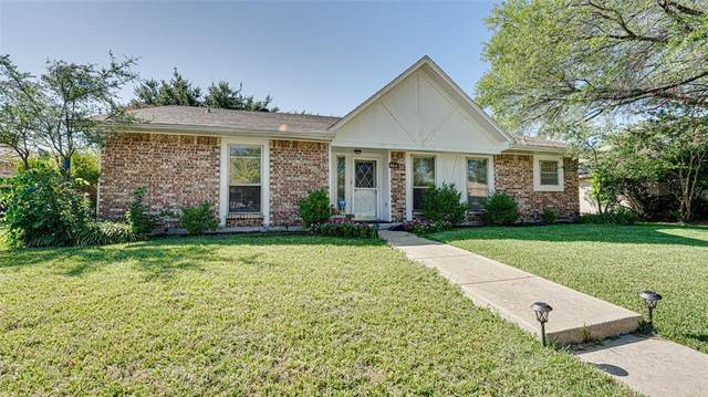 8814 Deerwood Drive, Rowlett, TX 75088 (MLS #14447841) :: The Mauelshagen Group
