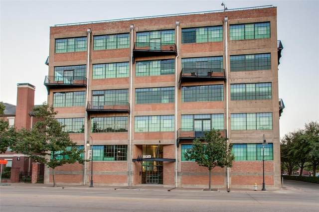 2220 Canton Street #401, Dallas, TX 75201 (MLS #14448312) :: Maegan Brest | Keller Williams Realty