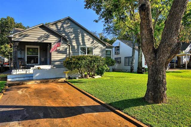 1325 W Chestnut Street, Denison, TX 75020 (MLS #14448927) :: Real Estate By Design