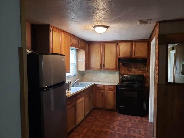 711 Park Street, Commerce, TX 75428 (MLS #14450100) :: The Hornburg Real Estate Group
