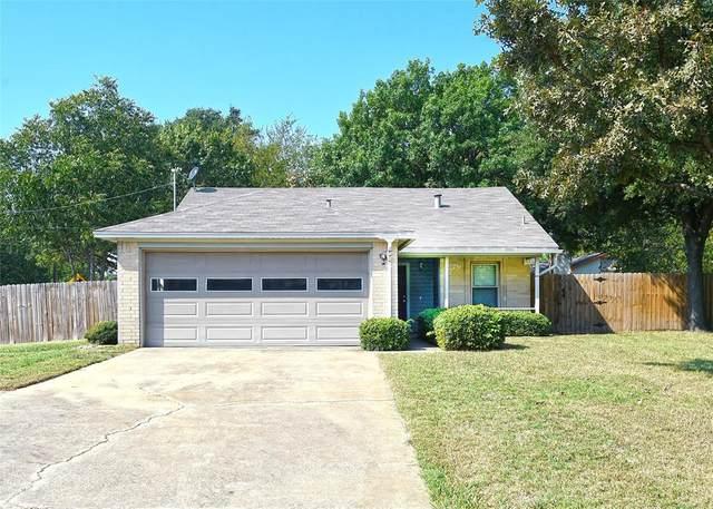 401 Woodson Circle, Denton, TX 76209 (MLS #14450428) :: The Mauelshagen Group