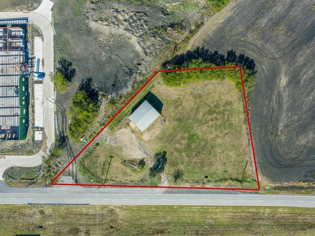 6000 W Interstate 30, Fate, TX 75189 (#14450495) :: Homes By Lainie Real Estate Group