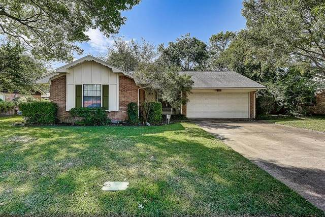 11142 Quail Run Street, Dallas, TX 75238 (MLS #14450936) :: Potts Realty Group