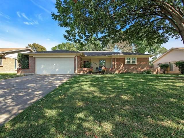 3008 Mossy Oak Lane, Bedford, TX 76021 (MLS #14451556) :: The Mauelshagen Group