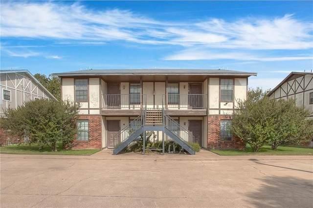 3220 Walton Avenue, Fort Worth, TX 76133 (MLS #14451622) :: The Mauelshagen Group