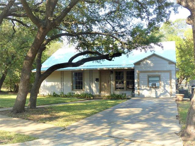 808 Laurel, Brady, TX 76825 (MLS #14451874) :: The Hornburg Real Estate Group