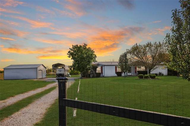8862 County Road 3602, Quinlan, TX 75474 (MLS #14452472) :: Real Estate By Design
