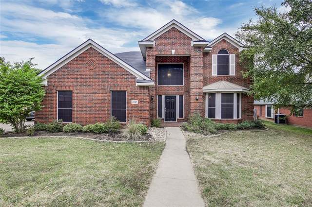 2827 Southridge Drive, Denton, TX 76210 (MLS #14452773) :: The Kimberly Davis Group