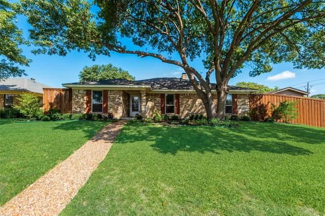 1711 Vassar Drive, Richardson, TX 75081 (MLS #14453055) :: HergGroup Dallas-Fort Worth