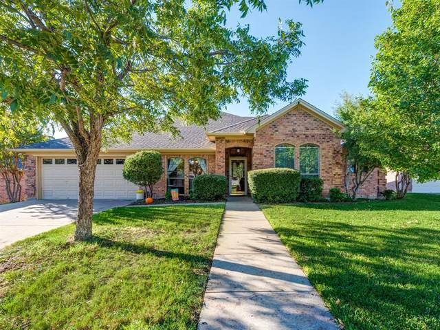 9328 Weeping Willow Drive, North Richland Hills, TX 76182 (MLS #14453198) :: The Mauelshagen Group