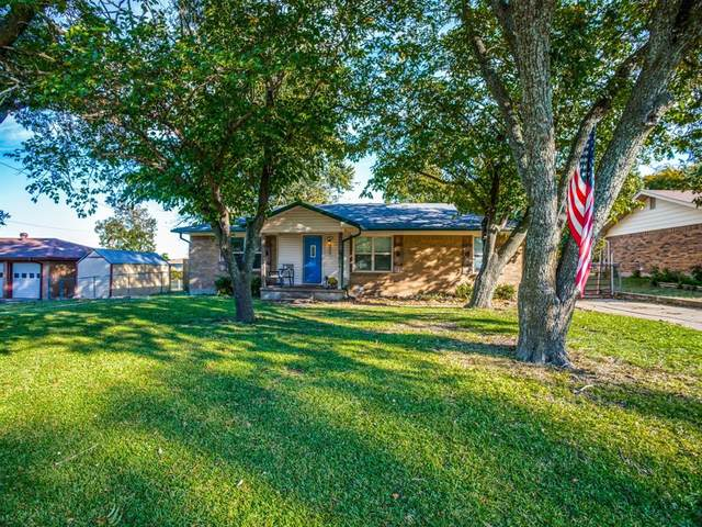 315 Walnut Street, Howe, TX 75459 (MLS #14453338) :: The Paula Jones Team | RE/MAX of Abilene
