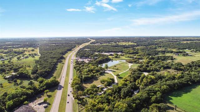 3220 Mineral Wells Highway, Weatherford, TX 76088 (MLS #14453382) :: The Mauelshagen Group