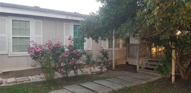 4605 Fairview Drive, Granbury, TX 76049 (MLS #14453399) :: The Hornburg Real Estate Group