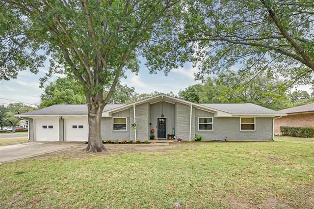 1021 Ridgewood Terrace, Arlington, TX 76012 (MLS #14453694) :: Maegan Brest | Keller Williams Realty