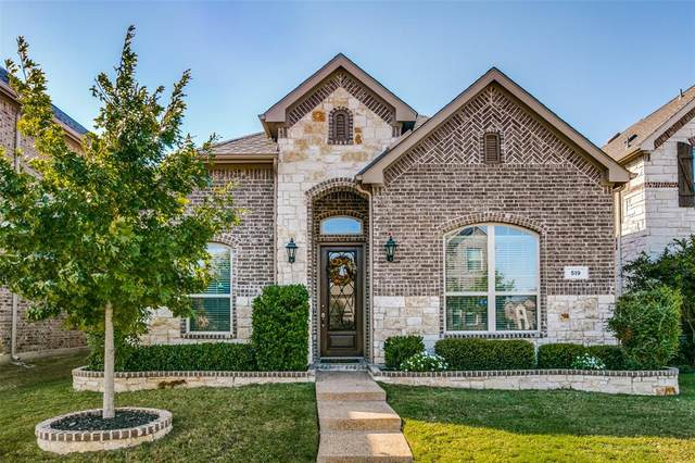 519 Garden Avenue, Euless, TX 76039 (MLS #14453708) :: The Tierny Jordan Network