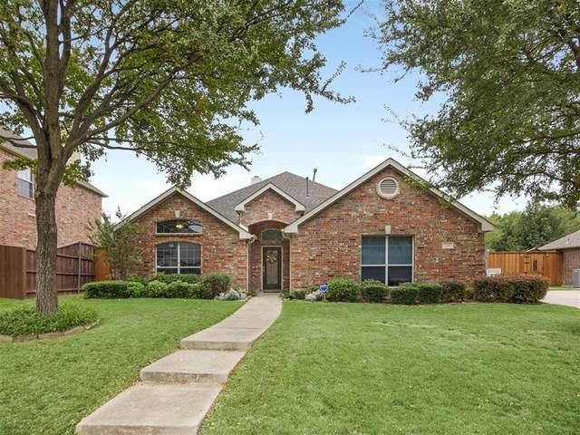 220 Creekside Drive, Murphy, TX 75094 (MLS #14453734) :: The Mauelshagen Group