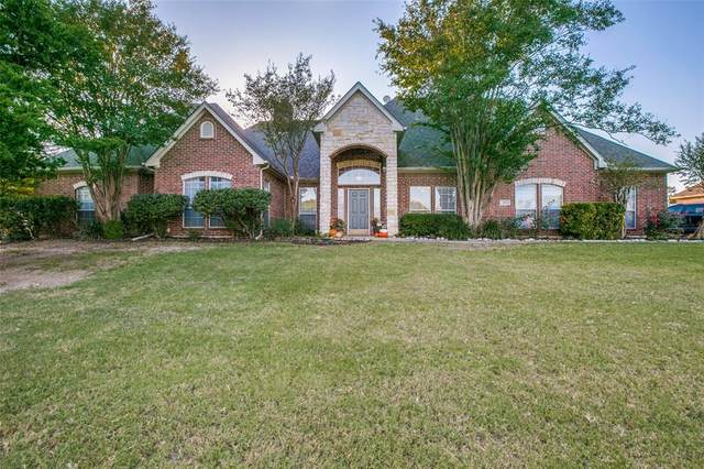4121 Joe Wilson Road, Midlothian, TX 76065 (MLS #14453805) :: The Mauelshagen Group