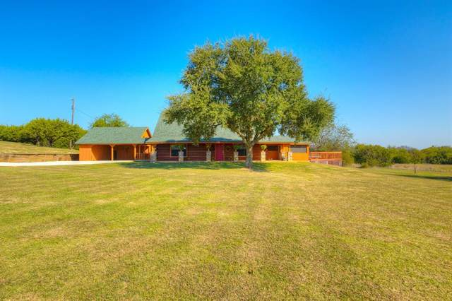 9900 County Road 1222, Rio Vista, TX 76093 (#14453929) :: Homes By Lainie Real Estate Group
