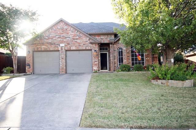 1767 Hidden Brook Drive, Grand Prairie, TX 75050 (MLS #14454183) :: Potts Realty Group