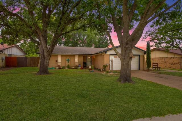 2502 Shenandoah Drive, Arlington, TX 76014 (MLS #14454436) :: Front Real Estate Co.