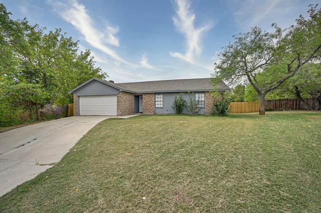 7029 Hanging Cliff Place, North Richland Hills, TX 76182 (MLS #14454546) :: Front Real Estate Co.