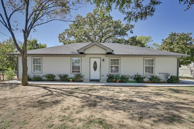1206 Hillsboro Street, Cleburne, TX 76033 (MLS #14454573) :: The Kimberly Davis Group