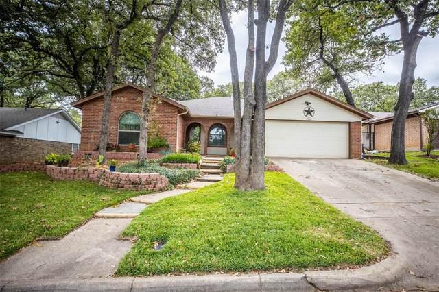 4508 Deer Lodge Court, Arlington, TX 76017 (MLS #14454619) :: Team Hodnett