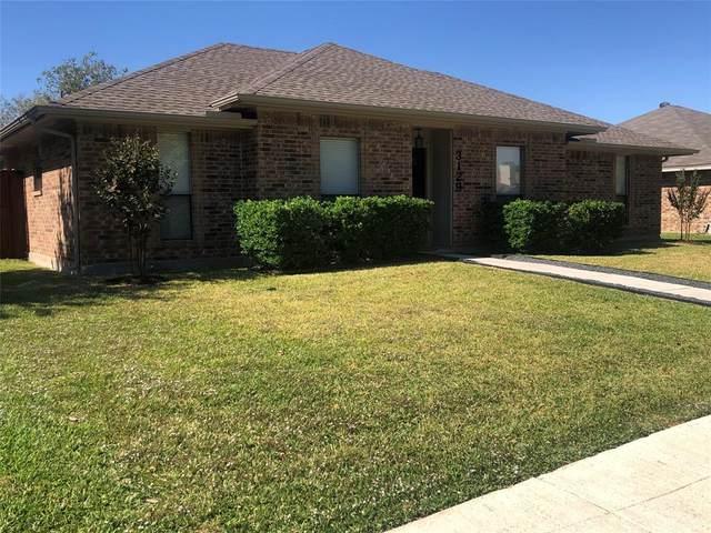 3129 Landover Drive, Carrollton, TX 75007 (MLS #14454633) :: The Good Home Team