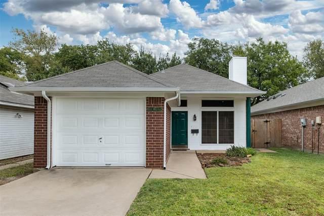 1004 Mack Place, Denton, TX 76209 (MLS #14454683) :: The Mauelshagen Group