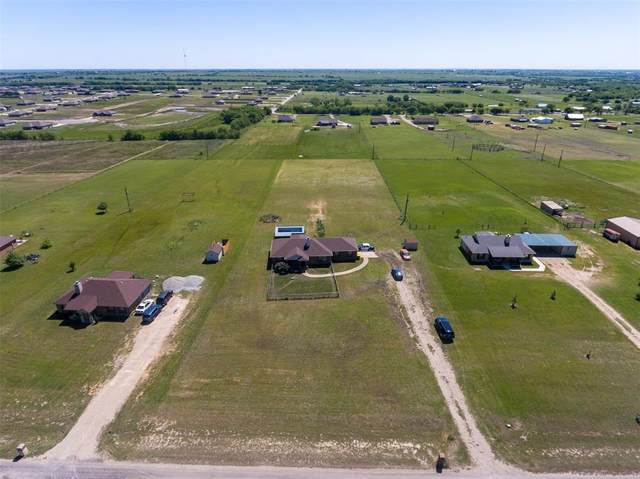 328 Mesa Ridge, Decatur, TX 76234 (MLS #14454749) :: Maegan Brest | Keller Williams Realty