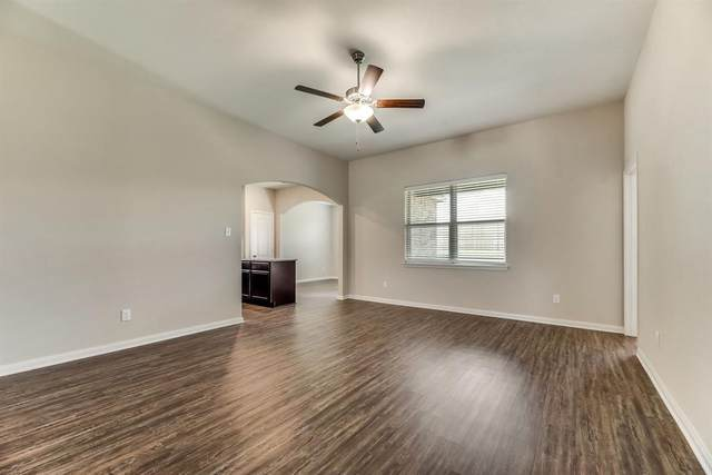 13628 Fehrman Road, Crowley, TX 76036 (MLS #14454773) :: The Paula Jones Team   RE/MAX of Abilene